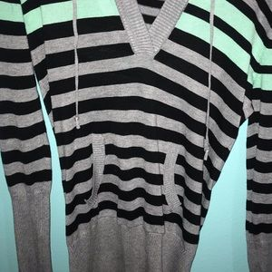 Stripe shirt with gray,blue and black